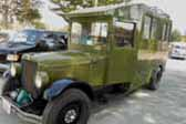 1929 REO Camping truck-based camper has overall shape similar to a 1928-1931 Ford Model-A postal truck