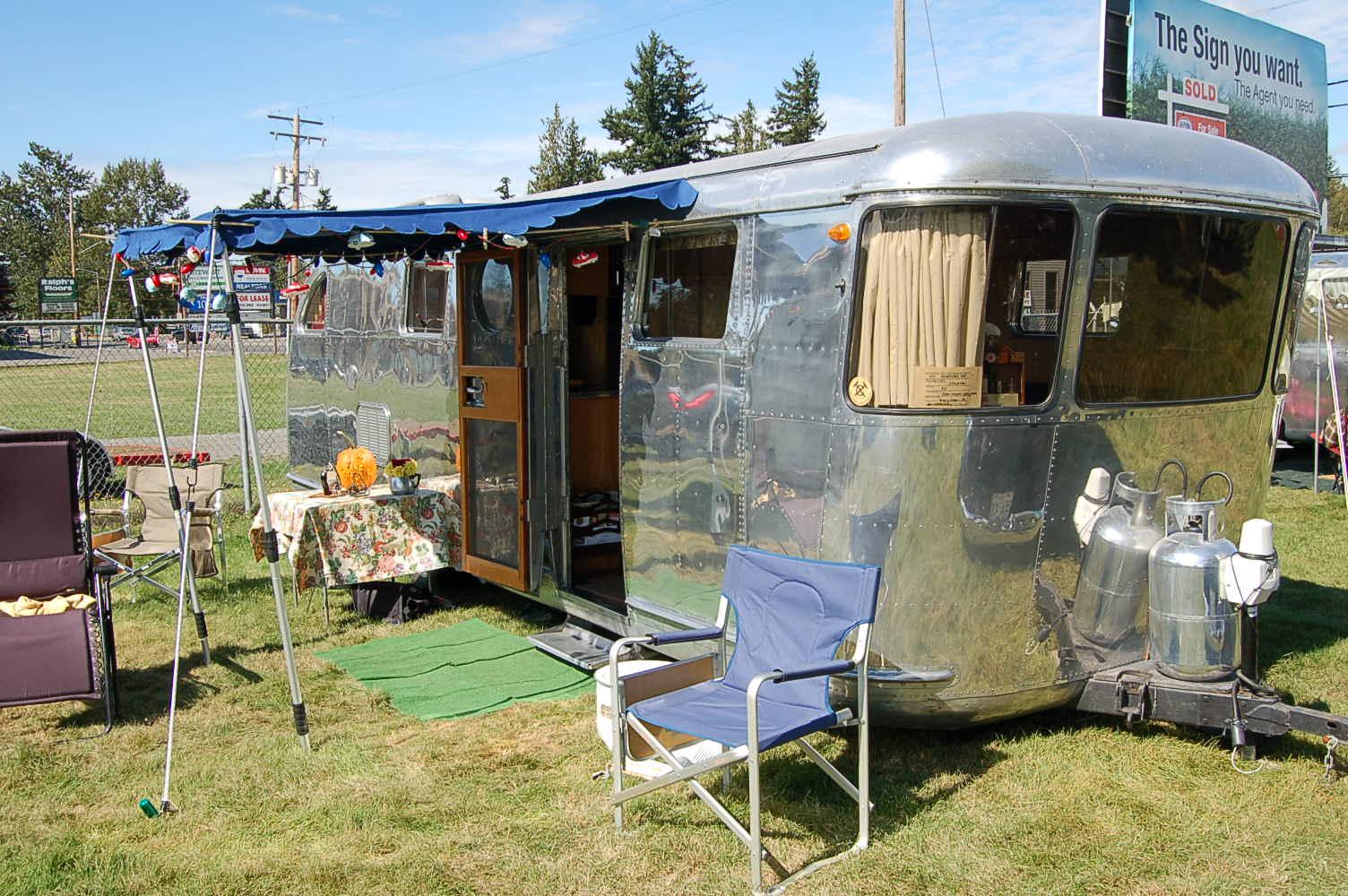 Classic wrap around front windows of 1947 spartan manor travel trailer