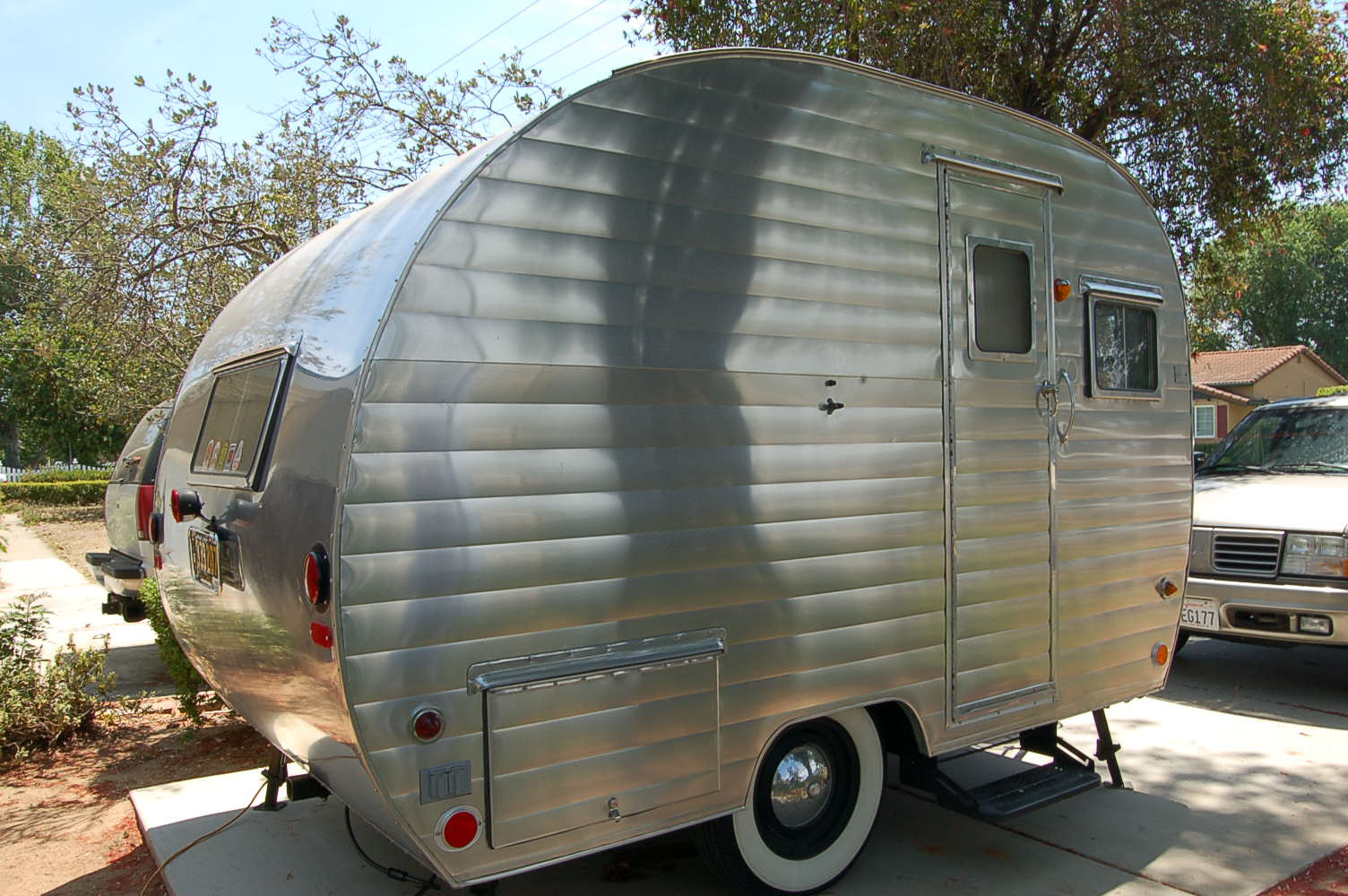 Beautifully Polished Aluminum Siding On A Classic 1953 Aljoa Travel Trailer