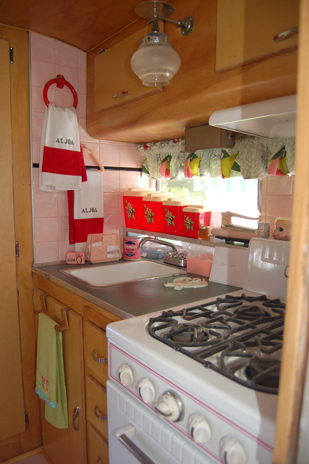 Camper Trailer Kitchen Designs Vintage Aljoa Trailer Pictures And History From Oldtrailercom