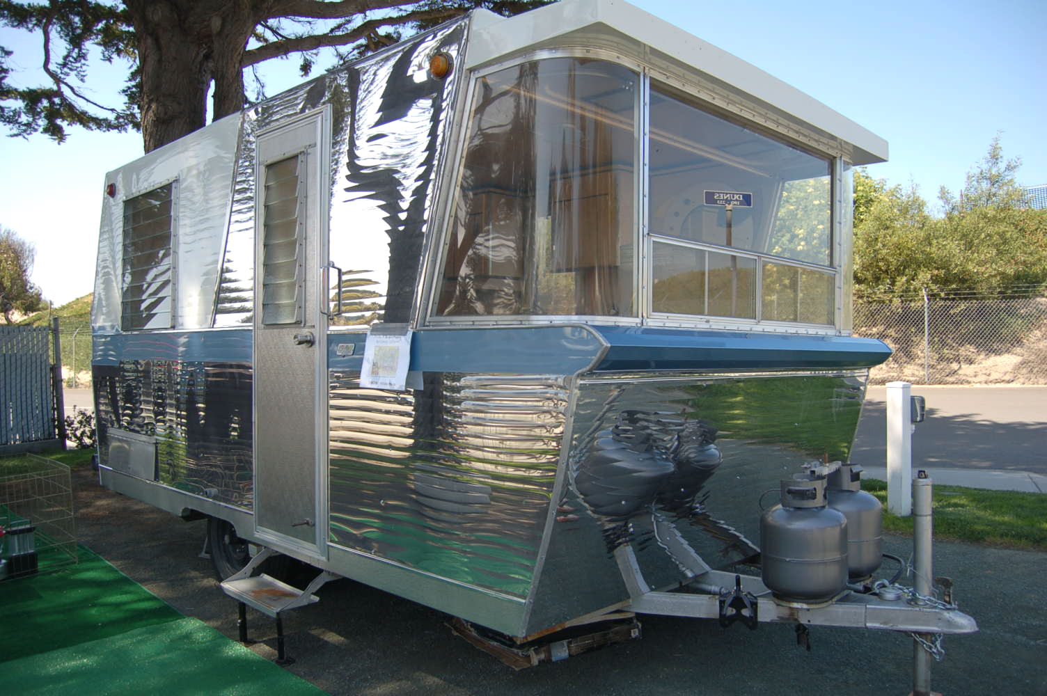 Vintage Camper Trailers For Sale If You Are Looking To Buy A Trailer RV Or Tow Vehicle Have Found The Right Place