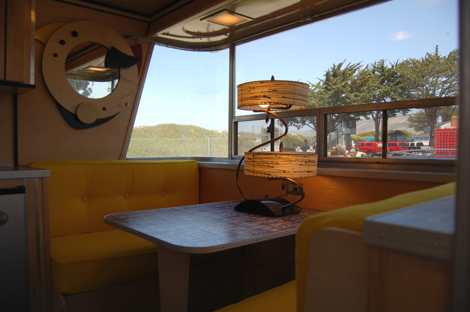 Vintage Holiday House Trailer Pictures and History, from ...