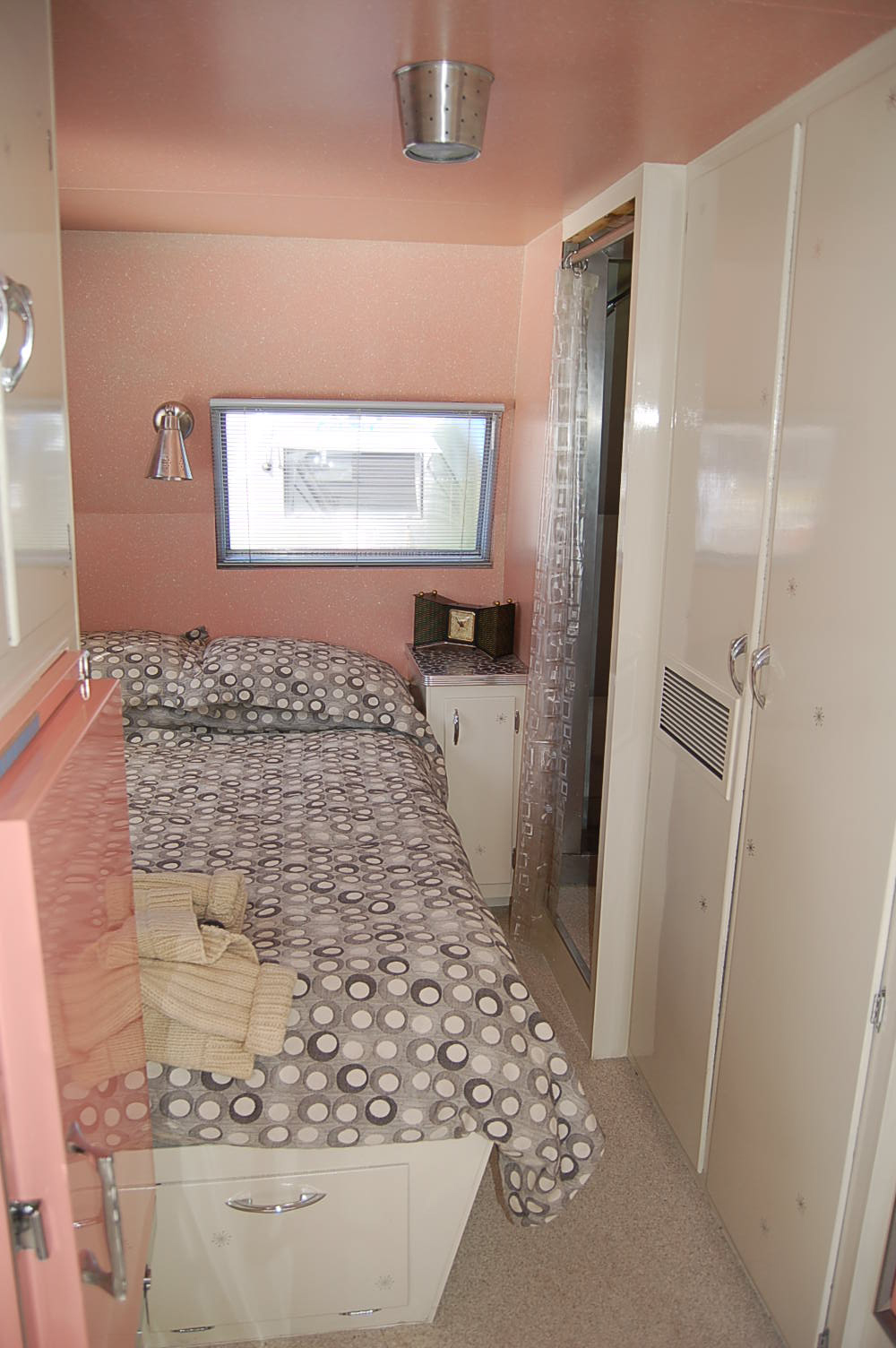 trailer home bedroom vintage holiday house trailer pictures and