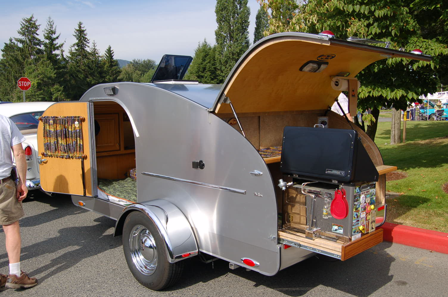 Aluminum Teardrop Trailers : Teardrop trailer pictures and tent from